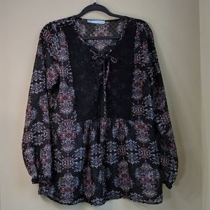 Maurice's Women's peasant Top Size Small